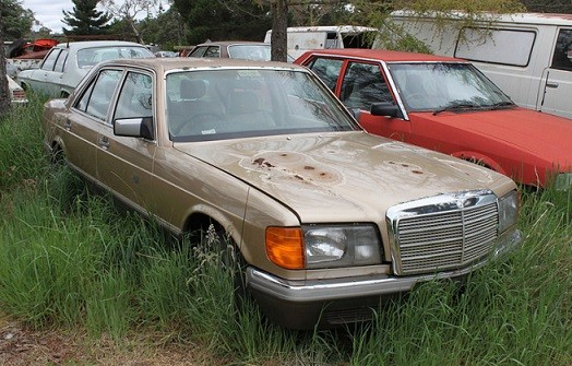 QLD-mercedes-wreckers-and-parts-Brisbane-flyer